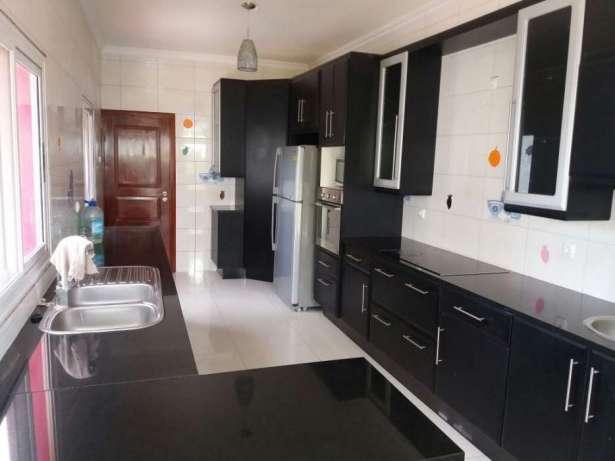 Vende se casa Maputo - imagem 7
