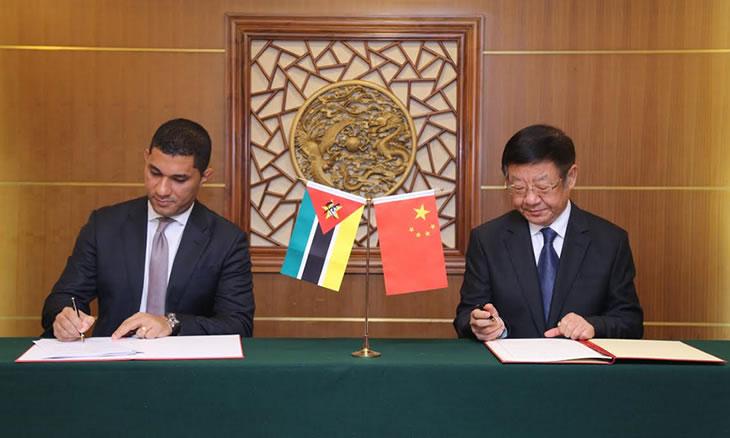 Moçambique e China estabelecem intercâmbio para exploração de madeira