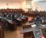 Esperança Bias encerra plenário parlamentar com apelo à promoção da paz