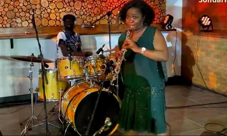 Formação artística: Eldevina Materula recomenda que se deve ter cuidado ao comparar Moçambique com outras realidades