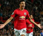 Manchester United vence por 5-2 na Premier League