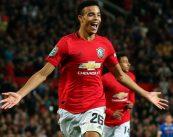Manchester United vence por 5-2 na Premier League