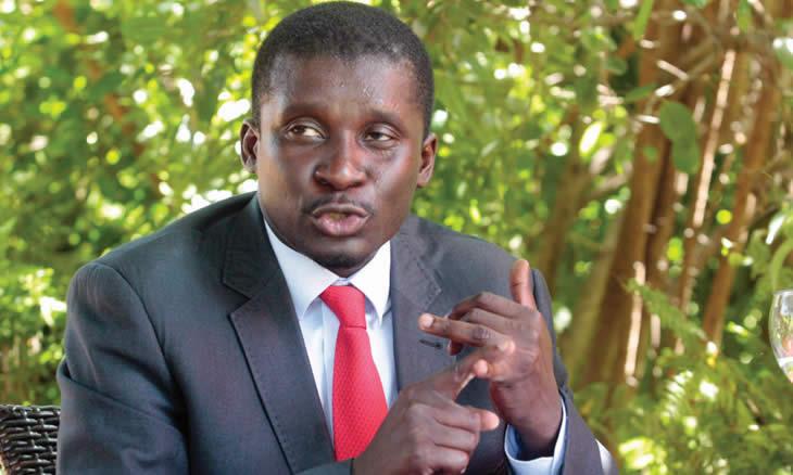 """Manuel de Araújo entende que relaxamento de medidas vai em """"contra mão"""" das expectativas dos moçambicanos"""