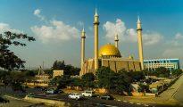 Nigéria reabre igrejas e mesquitas e prepara retomada de voos domésticos